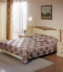 Кровать с кованым изголовьем София
